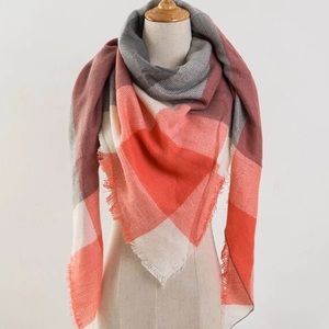 Accessories - 💐3/$20 Blanket Scarf Plaid Coral Pink Cream Gray